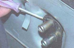 статья про Отопитель салона (печка) ВАЗ 2106 - замена радиатора и крана отопителя салона