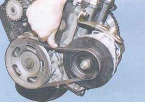 статья про замена и регулировка натяжения ремня генератора 37.3701 на автомобиле ваз 2108, ваз 2109, ваз 21099