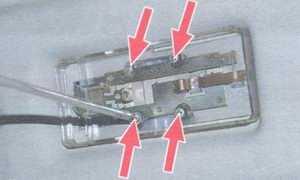 статья про замена плафона освещения салона на автомобиле ваз 2108, ваз 2109, ваз 21099
