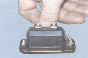 статья про замена лампы фонаря освещения номерного знака на автомобиле ваз 2108, ваз 2109, ваз 21099