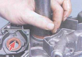 статья про замена переднего сальника коленвала на автомобилях ваз 2108, ваз 2109, ваз 21099