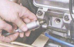 статья про перебои в работе двигателя автомобиля ваз 2108, ваз 2109, ваз 21099