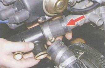 статья про снятие и установка термостата на автомобилях ваз 2108, ваз 2109, ваз 21099