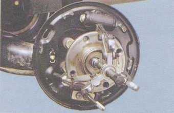 статья про замена подшипника задней ступицы на автомобиле ваз 2108, ваз 2109, ваз 21099