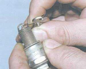 статья про проверка и замена свечей зажигания на автомобиле ваз 2108, ваз 2109, ваз 21099