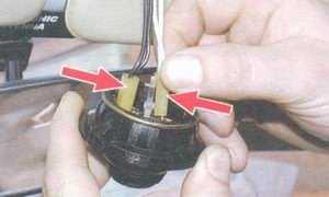 статья про замена плафона направленного света на автомобиле ваз 2108, ваз 2109, ваз 21099
