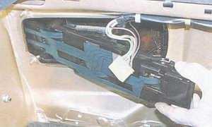 статья про замена ламп заднего фонаря на автомобиле ваз 2108, ваз 2109, ваз 21099