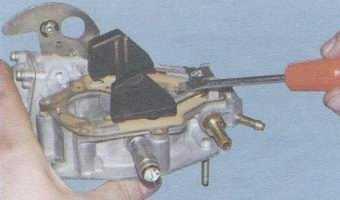 статья про Регулировка уровня топлива в поплавковой камере карбюратора ВАЗ 2108, ВАЗ 2109, ВАЗ 21099