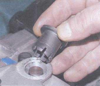 статья про замена вилки выключения сцепления на автомобилях ваз 2108, ваз 2109, ваз 21099