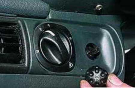 Электромеханический корректор фар на Ваз 2114