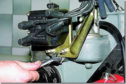 Снятие шестерни привода масляного насоса ВАЗ 21213, 21214 (Нива)