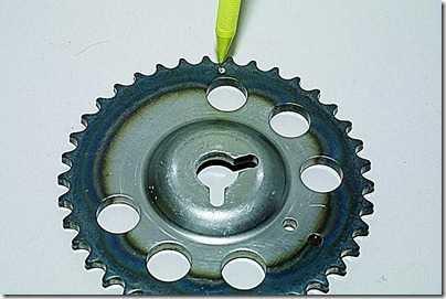 Снятие распределительного вала и рычагов привода клапанов впрыскового двигателя ВАЗ 21213, 21214 (Нива)