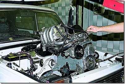 Снятие двигателя  ВАЗ 21213, 21214 (Нива)