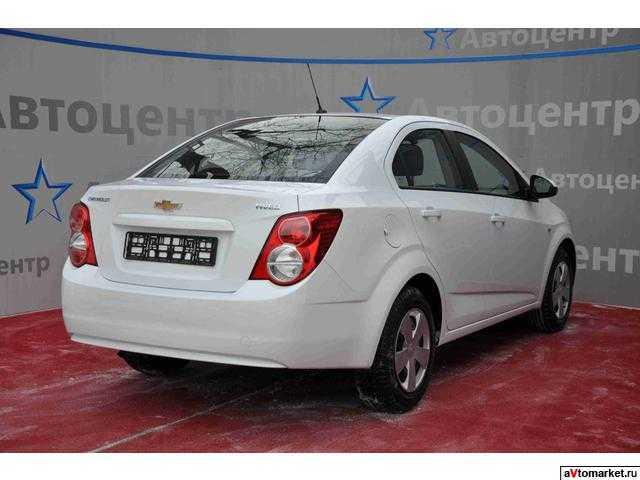 Chevrolet Aveo 2013 3