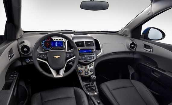 Chevrolet Aveo 2013 салон