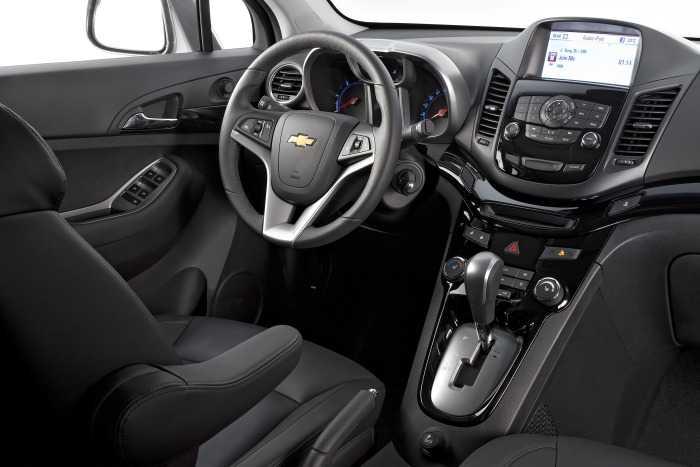 Chevrolet Orlando2