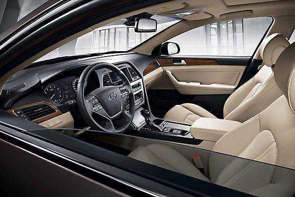 Hyundai Sonata 2015-06