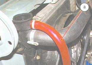 статья про Проверка уровня и доливка охлаждающей жидкости автомобиль ВАЗ 2106