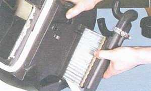 статья про снятие и установка радиатора печки автомобили ваз 2108, ваз 2109, ваз 21099
