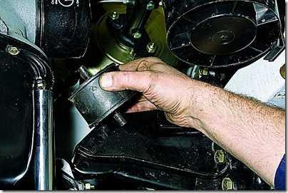Снятие опор двигателя ВАЗ 21213, 21214 (Нива)