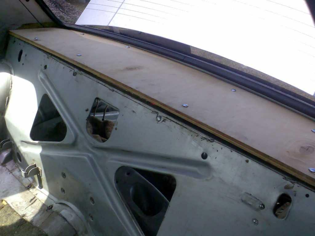 изготовление акустической полки на Волгу Газ 3110