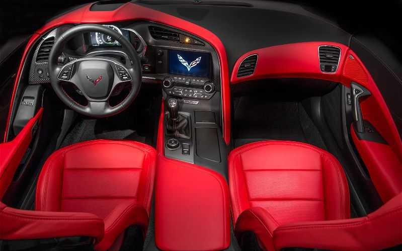 2014-Chevrolet-Corvette интерьер